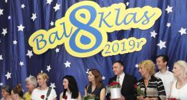 Bal ósmych klas SP nr 1 w Łowiczu (DUŻO ZDJĘĆ, VIDEO)