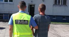 Łowickie: 35-latek okradł swoich dziadków. Zabrał pieniądze... i butelkę wódki