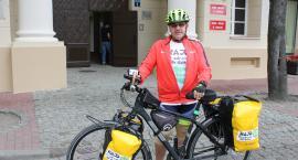 Jedzie rowerem 2000 km przez Polskę po zdrowie dla dzieci
