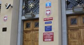 Głośne morderstwo pod Łowiczem. Sąd zadecydował o losie Dominika B. podejrzanego o zabójstwo matki