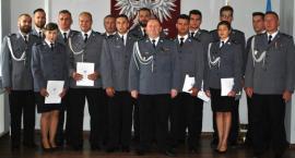 36 funkcjonariuszy łowickiej policji mianowano na wyższe stopnie służbowe