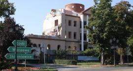 Charakterystyczny budynek wkrótce zniknie z centrum Łowicza (ZDJĘCIA, VIDEO)