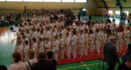 Mali karatecy walczyli nie tylko z rywalami...