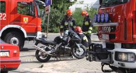 Wypadek w Łowiczu. Do szpitala trafiła 18-letnia motocyklistka