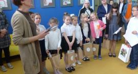 W siedzibie Miejskiej Biblioteki wręczono nagrody w dwóch konkursach