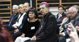 Zjazd koła wychowanków w I LO w Łowiczu (ZDJĘCIA)