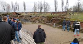 Młodzież z Podrzecznej odwiedziła największe cmentarzysko świata