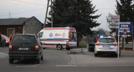 Potrącenie rowerzysty na Zatorzu i kolizja na Mostowej