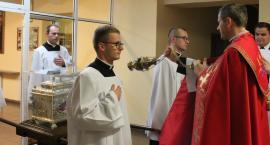 Relikwie św. Wiktorii w łowickim Seminarium
