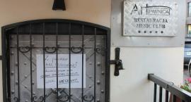 Art Piwnica w Łowiczu nieczynna. Właściciel lokalu twierdzi, że dyrektor Muzeum bezprawnie odłączył prąd