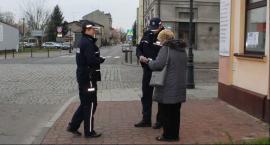 Policjanci w trosce o bezpieczeństwo seniorów