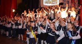 Święto patrona w SP nr 2 w Łowiczu (FOTO I VIDEO)