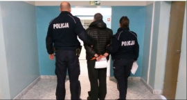 Policja Łowicz - mieszkaniec zgromadził arsenał broni