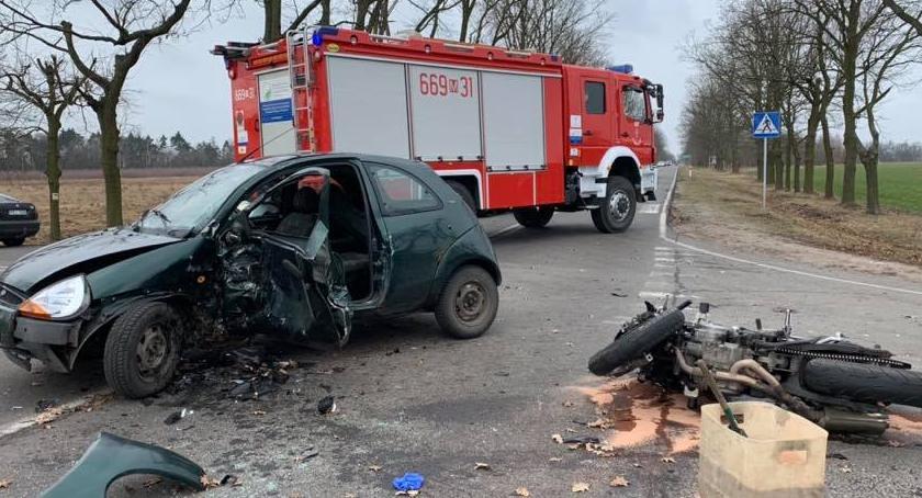 Wypadki, Wypadek drodze miejscowości Łazy - zdjęcie, fotografia