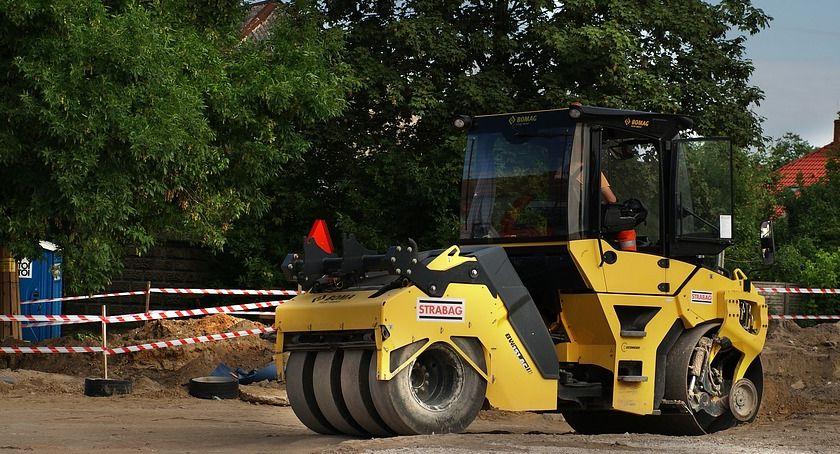 Komunikacja - drogi , Utrudnienia ruchu drogach gminnych - zdjęcie, fotografia