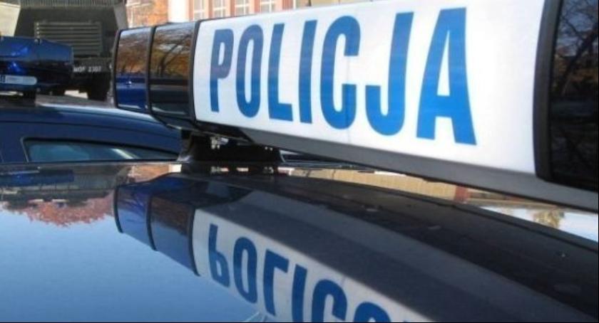 Kronika policyjna, Potrącił letnią kobietę zbiegł Teraz szuka policja - zdjęcie, fotografia