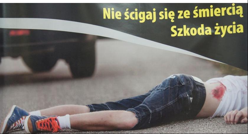 Kronika policyjna, Światowy Dzień Pamięci Ofiar Wypadków Drogowych - zdjęcie, fotografia
