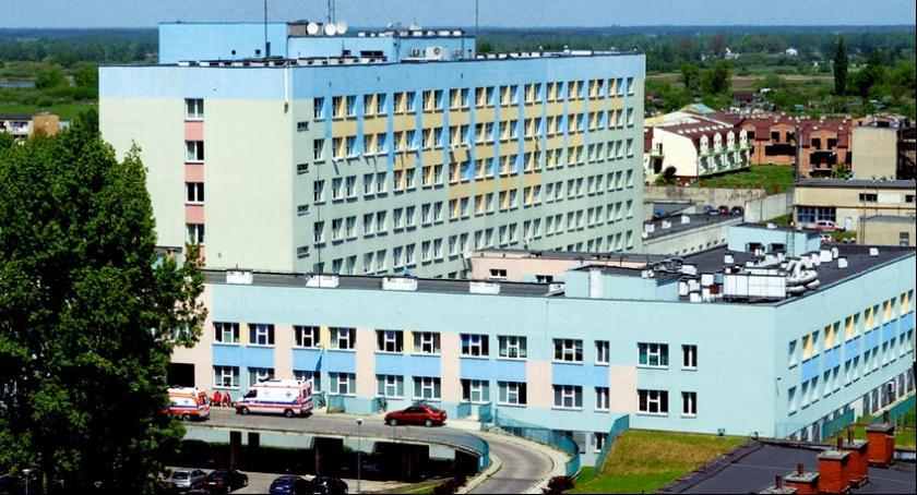 Informacje, Szpital Wojewódzki wprowadza ograniczenia odwiedzin - zdjęcie, fotografia