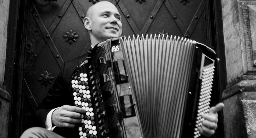 Imprezy, Marcin Wyrostek kwietniu Siedlcach - zdjęcie, fotografia