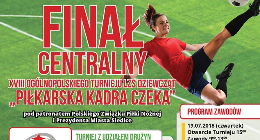 Informacje, Piłkarska Kadra Czeka - zdjęcie, fotografia