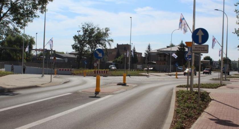 Blogi, Tunel otwarty część obowodnicy - zdjęcie, fotografia