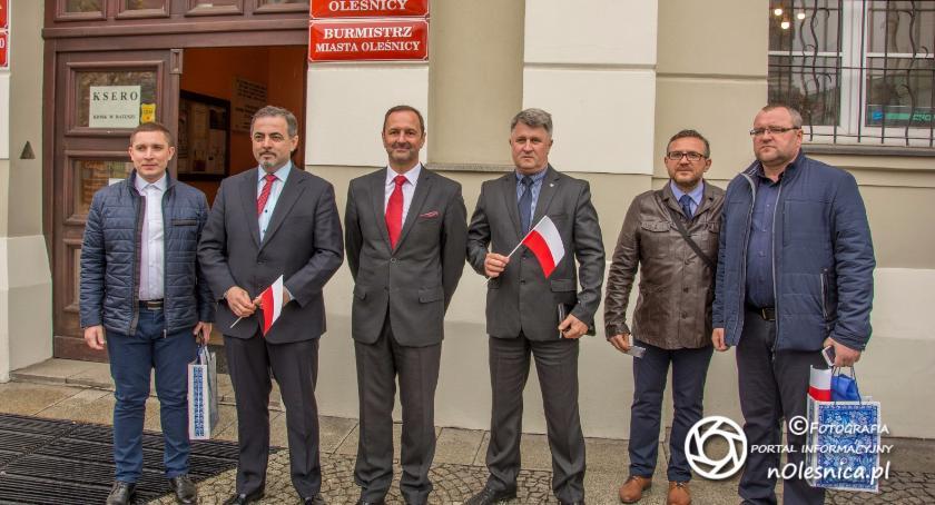 Wydarzenia, Burmistrz ukraińskiej Kachowki wizytą oleśnickiego burmistrza - zdjęcie, fotografia