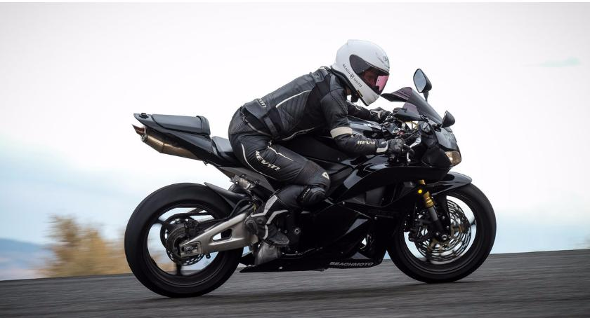 Motoryzacja, Pamiętaj Motocykl wybacza błędów - zdjęcie, fotografia