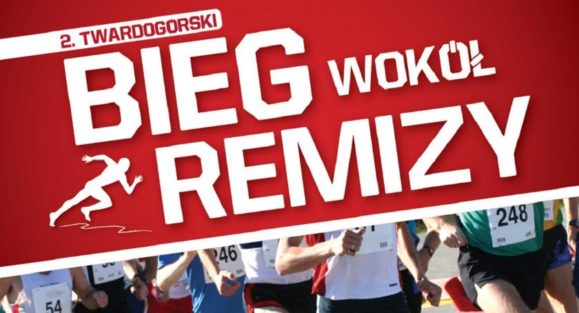 Bieganie, Wokół Remizy Twardogórze - zdjęcie, fotografia
