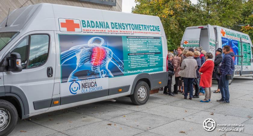 Zdrowie, Osteobus odwiedzi Oleśnicę - zdjęcie, fotografia