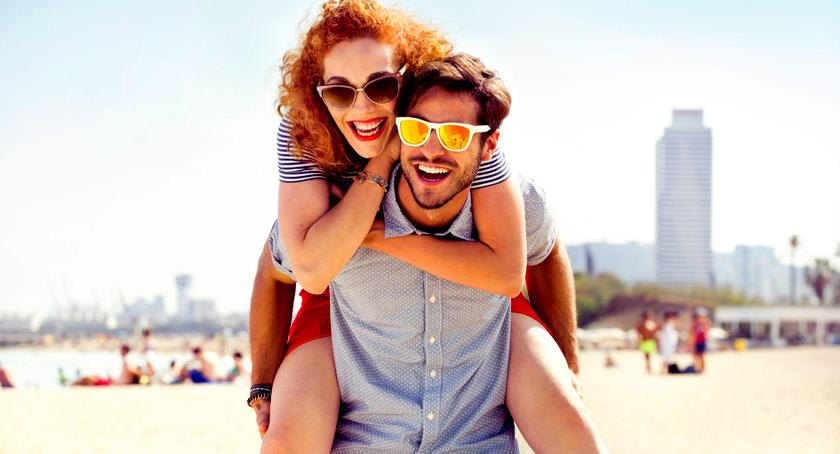 Zdrowie, Barwione soczewki okularowe modny gadżet lepszy komfort widzenia - zdjęcie, fotografia
