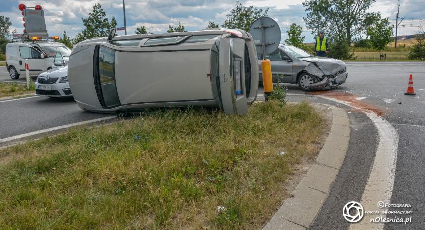Na sygnale, Wypadek węźle Dąbrowa - zdjęcie, fotografia