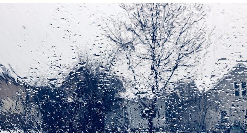 Wydarzenia, Intensywne opady deszczu ostrzeżenie meteo - zdjęcie, fotografia