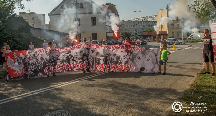 Wydarzenia, sierpnia pamięć rocznicy wybuchu Powstania Warszawskiego - zdjęcie, fotografia