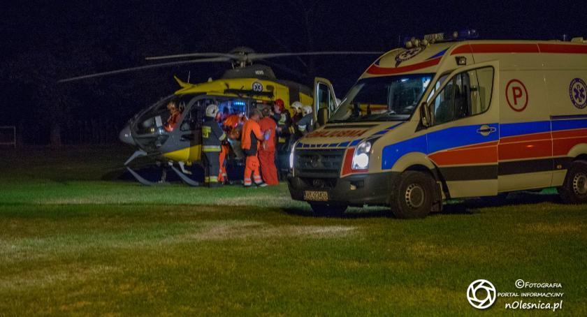 Na sygnale, Nocne lądowanie śmigłowca Dobroszycach - zdjęcie, fotografia