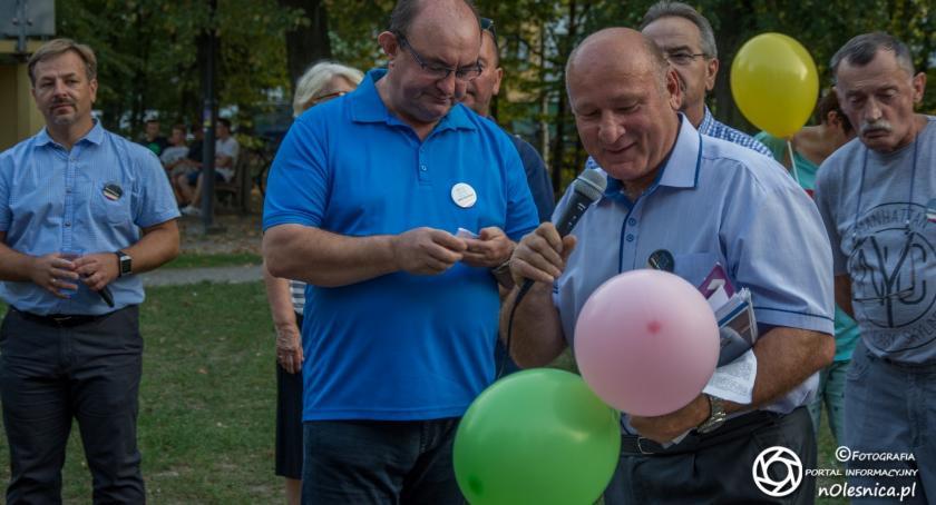 Wybory, Finisz spotkań Komitetu Wyborczego Bronsia - zdjęcie, fotografia