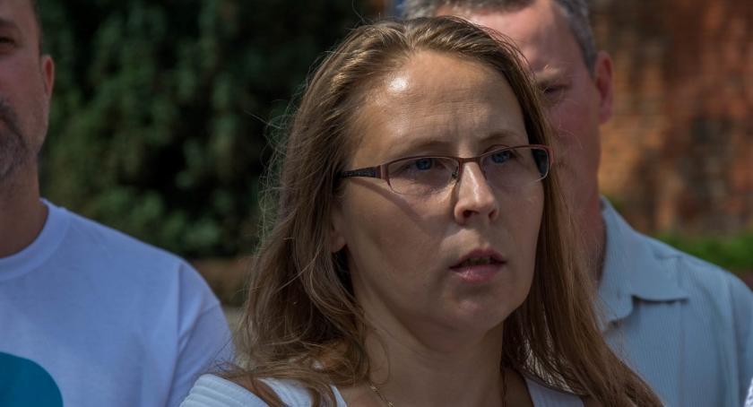 Wybory, Monika Romanowicz dziękuje - zdjęcie, fotografia