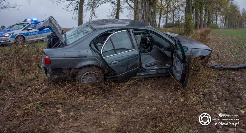 Na sygnale, Wypadek drodze Stronia Wabienice - zdjęcie, fotografia