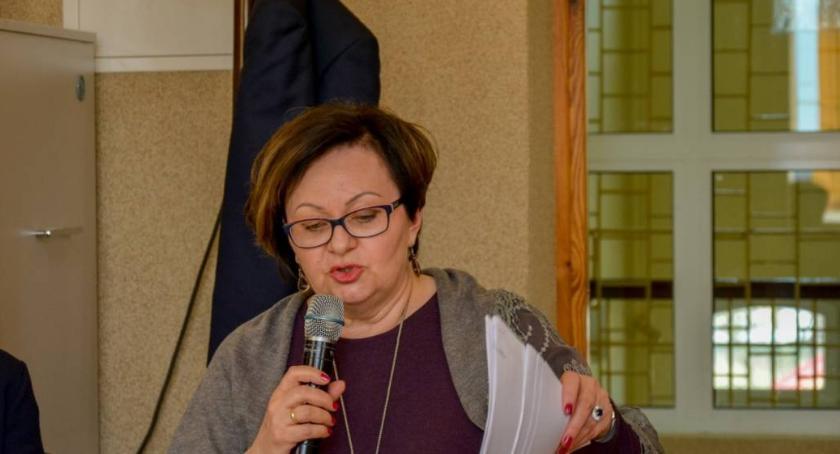 Wydarzenia, Zmiana dyrektora oświaty samorządowej - zdjęcie, fotografia