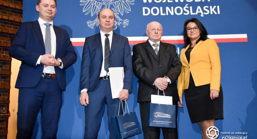Wydarzenia, Sołtysi gminy Dobroszyce tytułami Sołtysa - zdjęcie, fotografia
