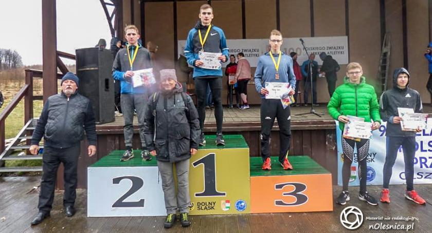 Bieganie, Oleśniczanka kolejnym medalem - zdjęcie, fotografia