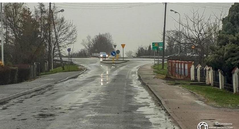 Wydarzenia, Dobroszycka nadal zawieszeniu - zdjęcie, fotografia