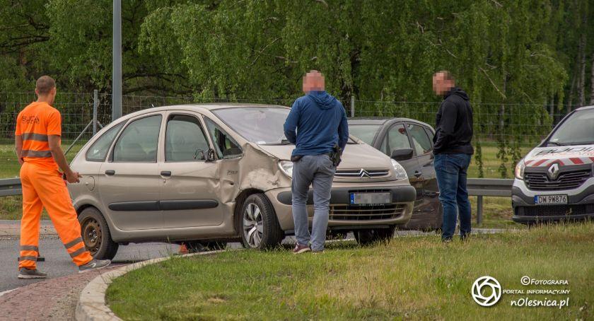 Na sygnale, kierowca pijany - zdjęcie, fotografia