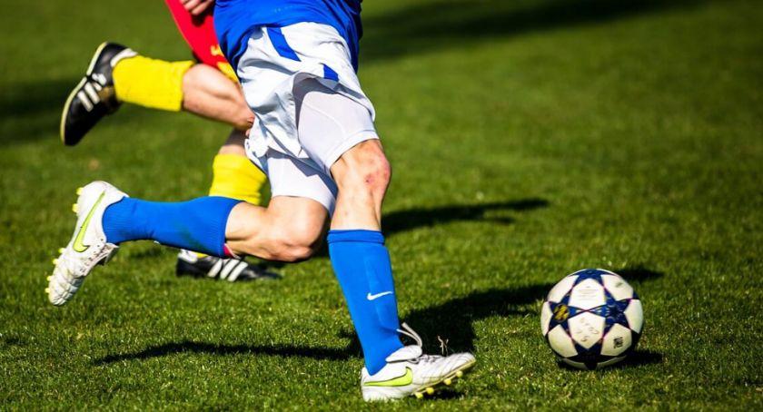 Piłka Nożna, Kolejna kolejka Mistrzostw Gminy Oleśnica piłce nożnej seniorów wyniki - zdjęcie, fotografia