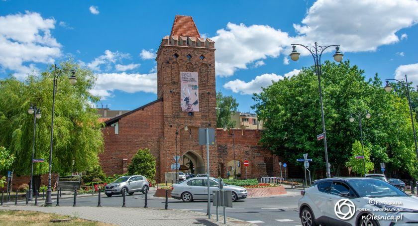 Kultura, Galeria Brama Wrocławska zmienia godziny pracy - zdjęcie, fotografia