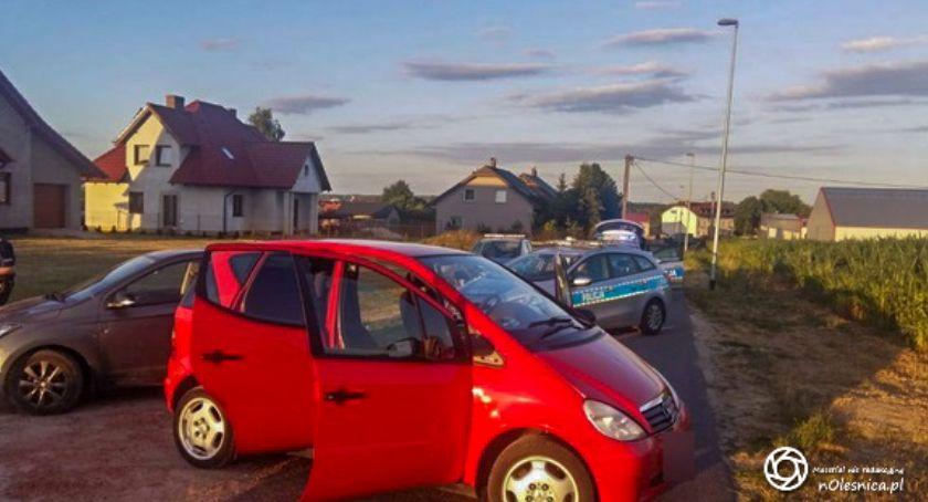Na sygnale, Policjanci zatrzymali latka podejrzanego kradzież pojazdu - zdjęcie, fotografia