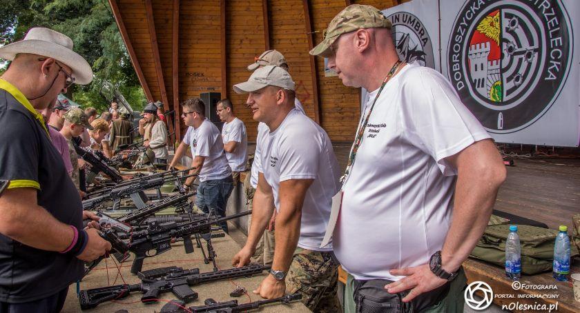 Wydarzenia, Dobroszycka wystawa broni uzbrojenia - zdjęcie, fotografia