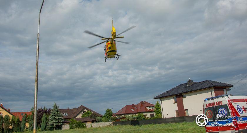 Na sygnale, Śmigłowiec lądował oleśnickich Ratajach - zdjęcie, fotografia