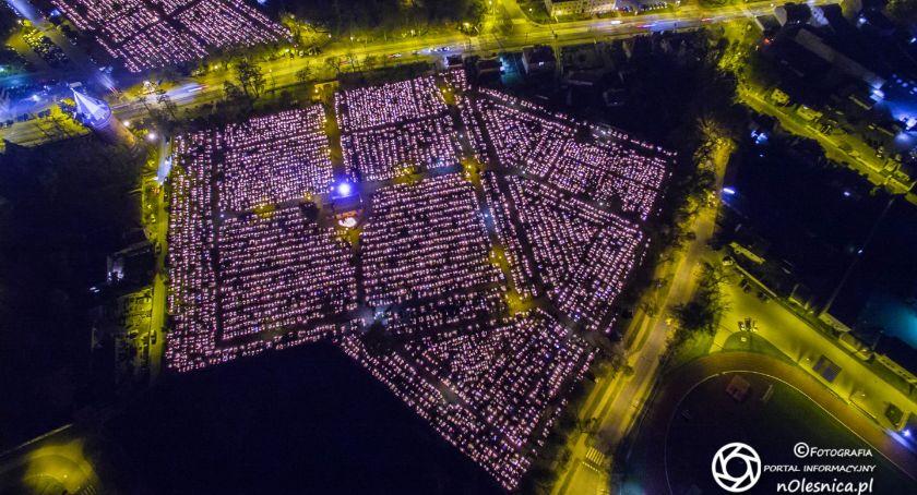 Wydarzenia, Oleśnickie cmentarze nocą - zdjęcie, fotografia