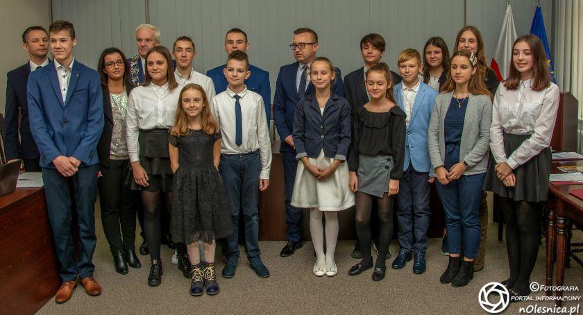 Wydarzenia, sesja Młodzieżowej Gminy - zdjęcie, fotografia
