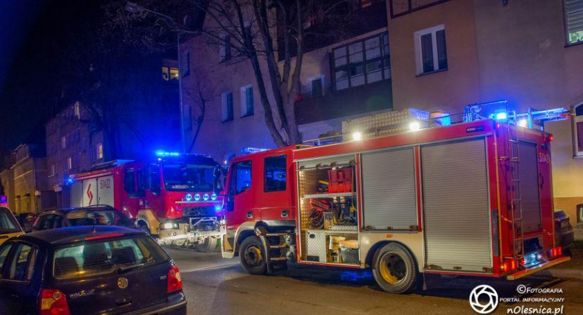 Na sygnale, Brakło karetek wezwano strażaków - zdjęcie, fotografia